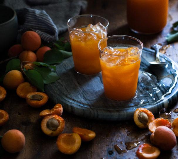 jus-abricot-pomme-centre-estitix-marseille